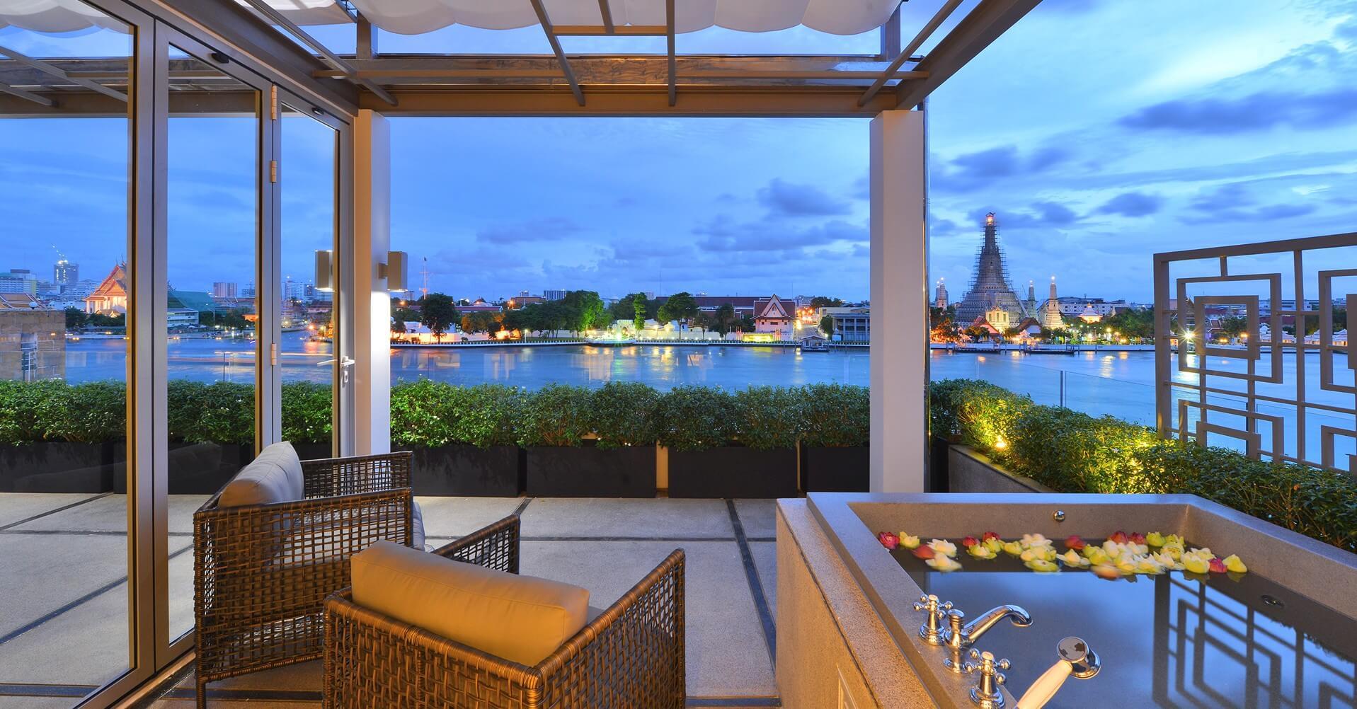 Riva Arun Premium Jacuzzi Suite - Riva Arun Bangkok